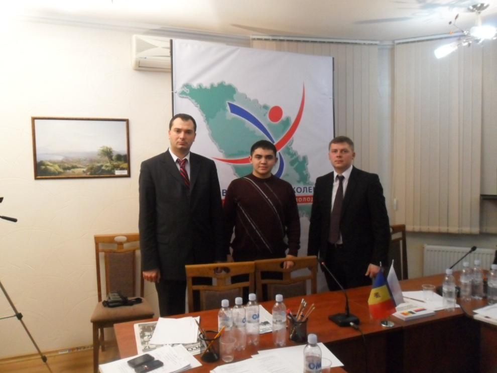 Вячеслав Стояногло на первом Молодежном форуме «Молдова нового поколения – 2012»